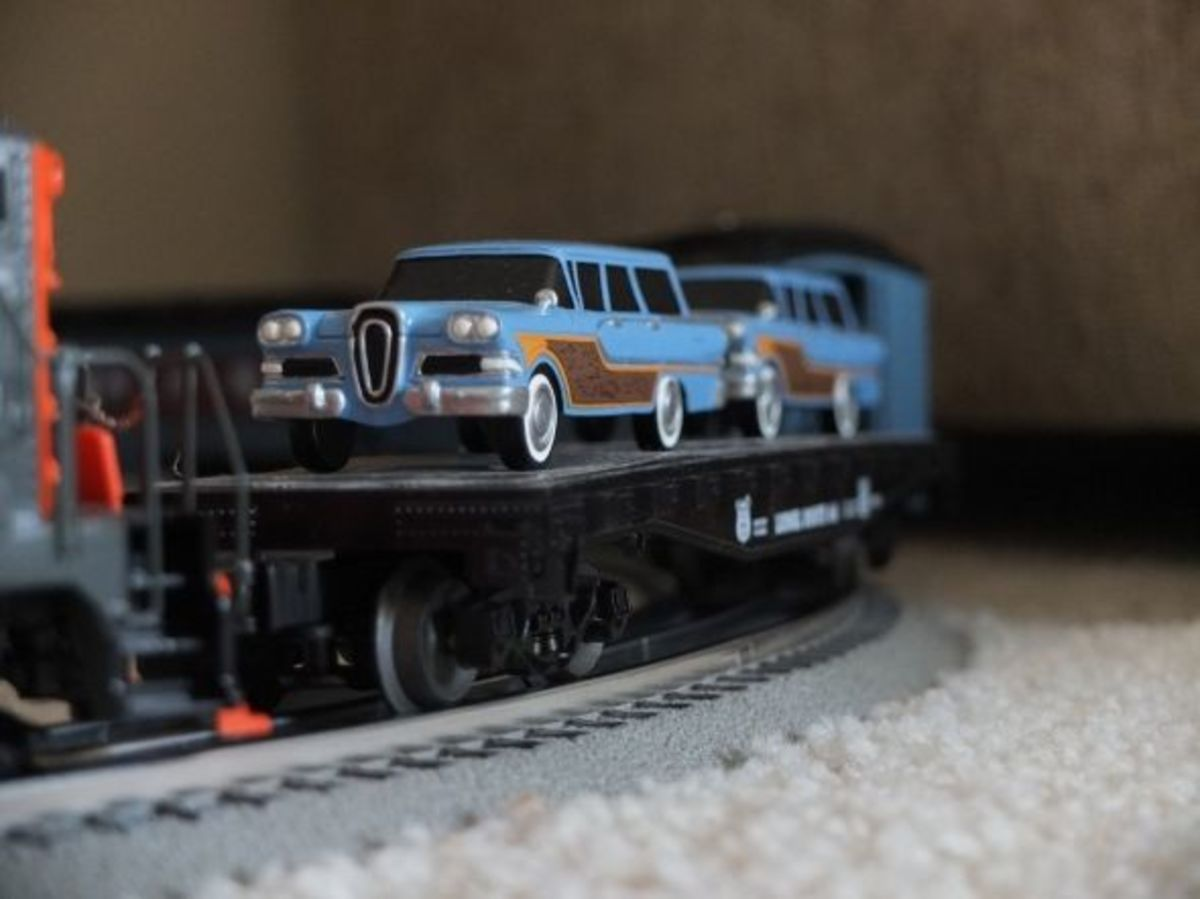 O gauge Edsel station wagons