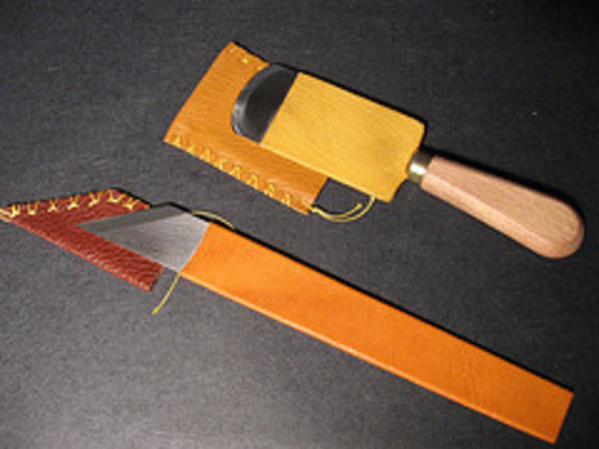 Bookbinding Paring Knives (Photo courtesy by Listerlin from Flickr)