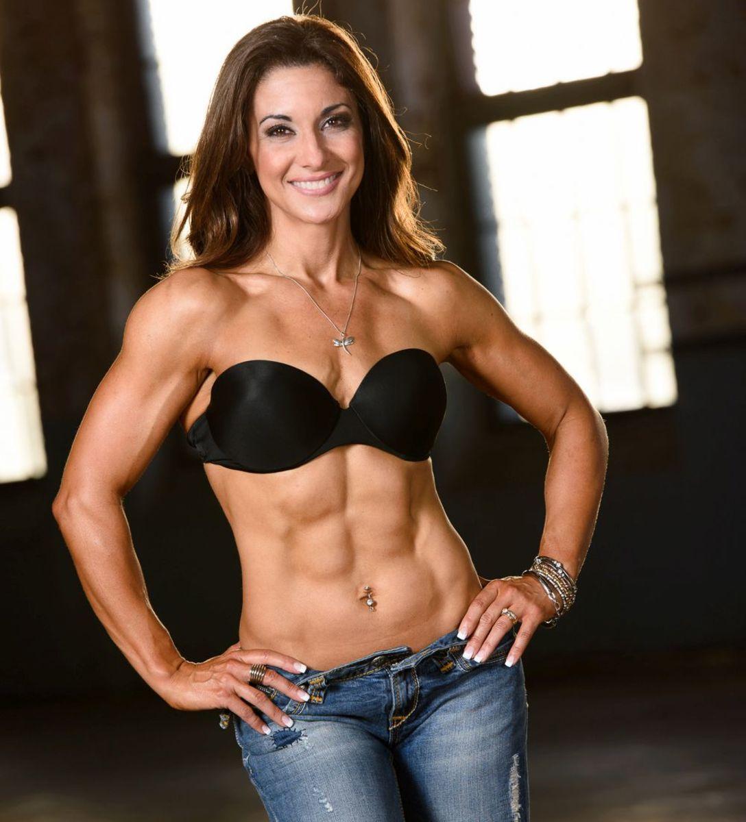 IFBB Pro Figure Competitor Maggie Corso