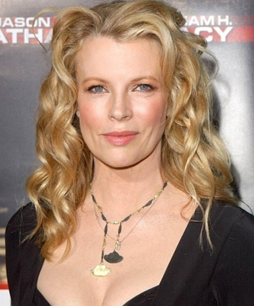 Kim Basinger - Beautiful Women Over 40