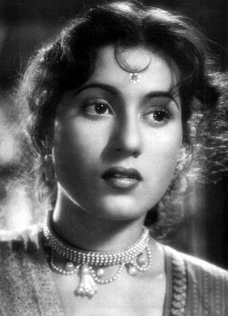 Image Courtesy http://memsaabstory.files.wordpress.com/2008/09/madhubala.jpg
