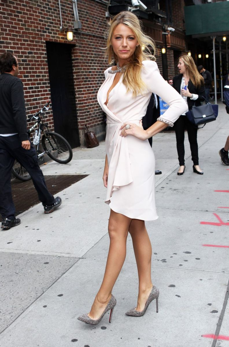 Blake Lively making an appearance on the Late Show showing off her sexy legs in high heels