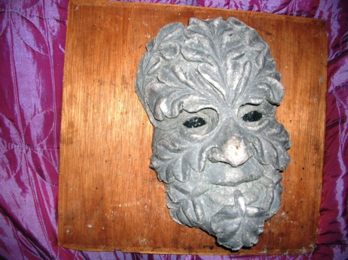 The finished mask with leaves modelling in the powdery commercial papier mache mix. It is possible to make your own mix of course and Tadpole has a secret formula which no amount of bribery will currently encourage him to reveal, but it is easier to
