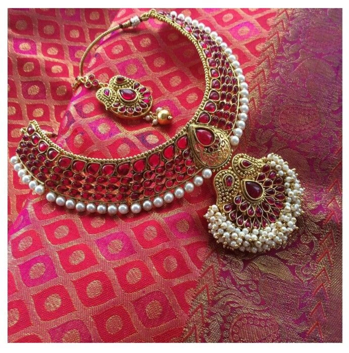 Red stone Indian wedding necklace design