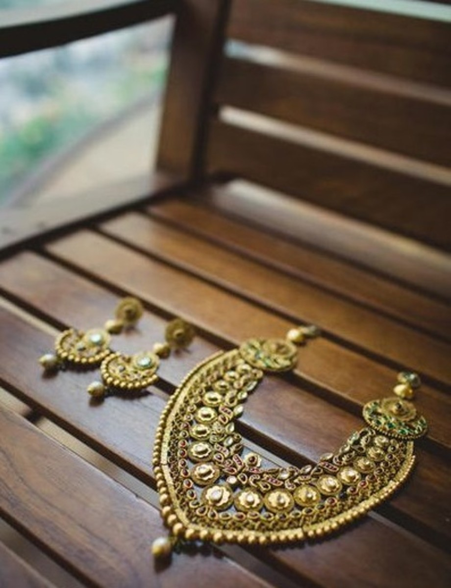 Stunning Rust Gold Wedding Jewellery design for indian brides