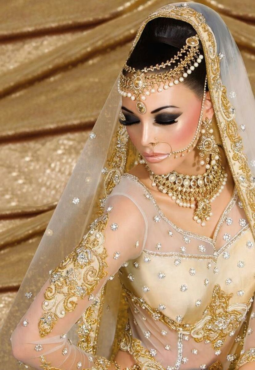 gold with white stone for wedding jewellery