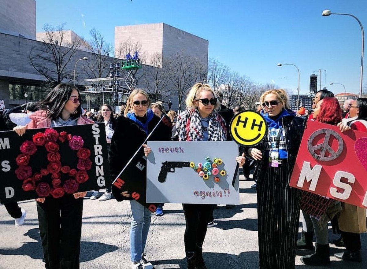 Miley marches against gun violence on March 24, 2018
