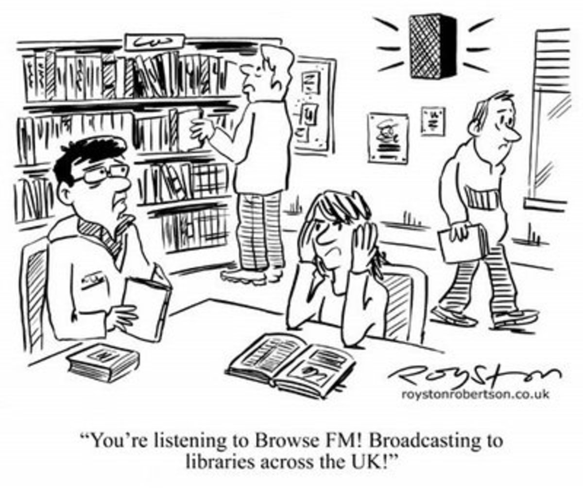 pirate-fm-broadcasting-transmitter-setup