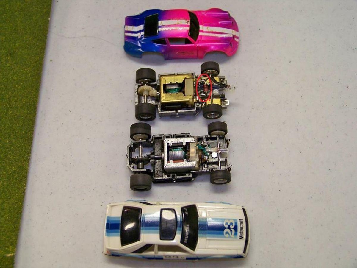 Tyco Nite-Glow Slot Car Racing Set | HubPages on