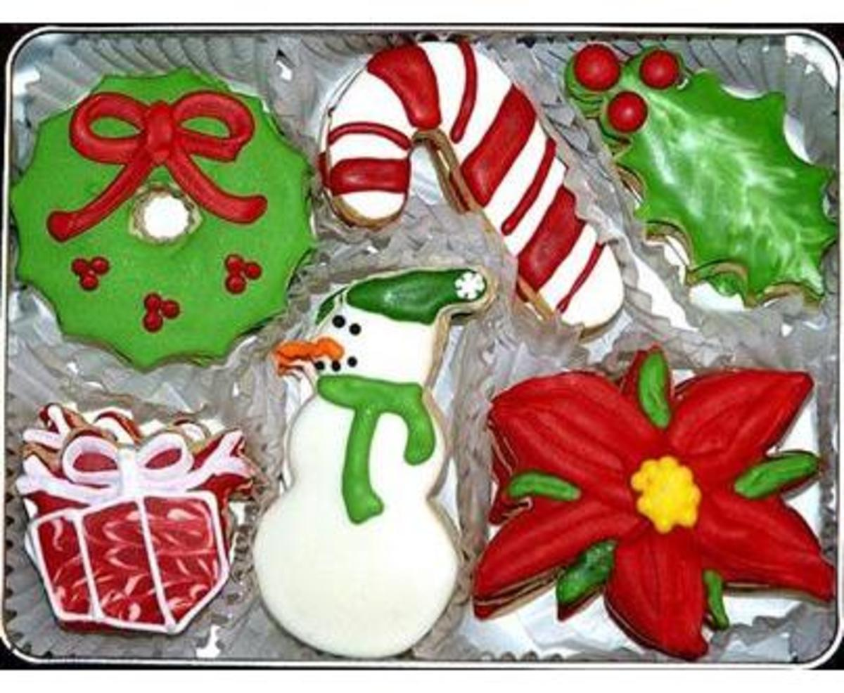 Wreath cookie, candy cane cookie, snowman cookie, gift box cookie ...