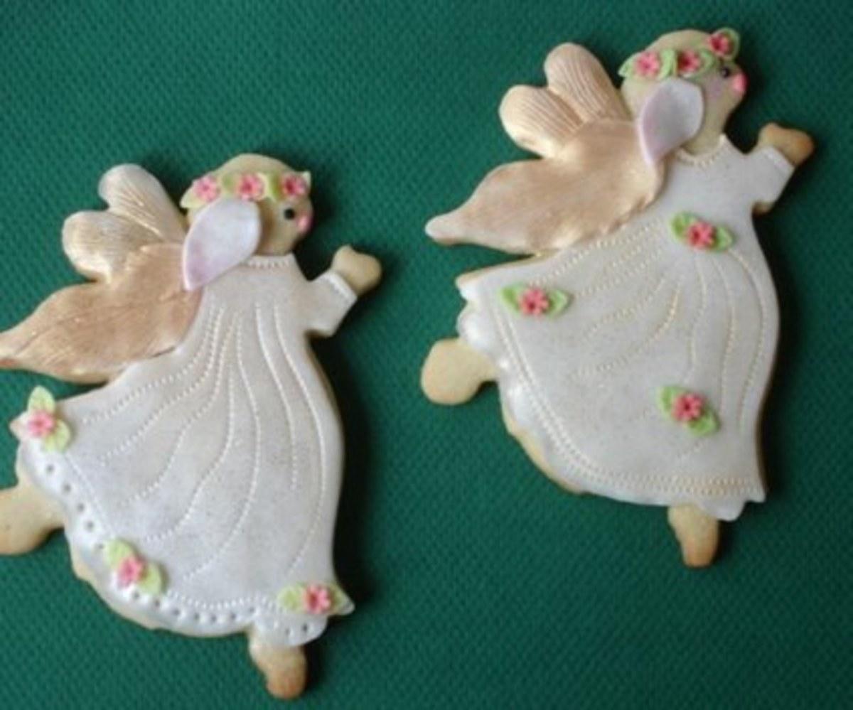 Pretty angel sugar cookies for Christmas.
