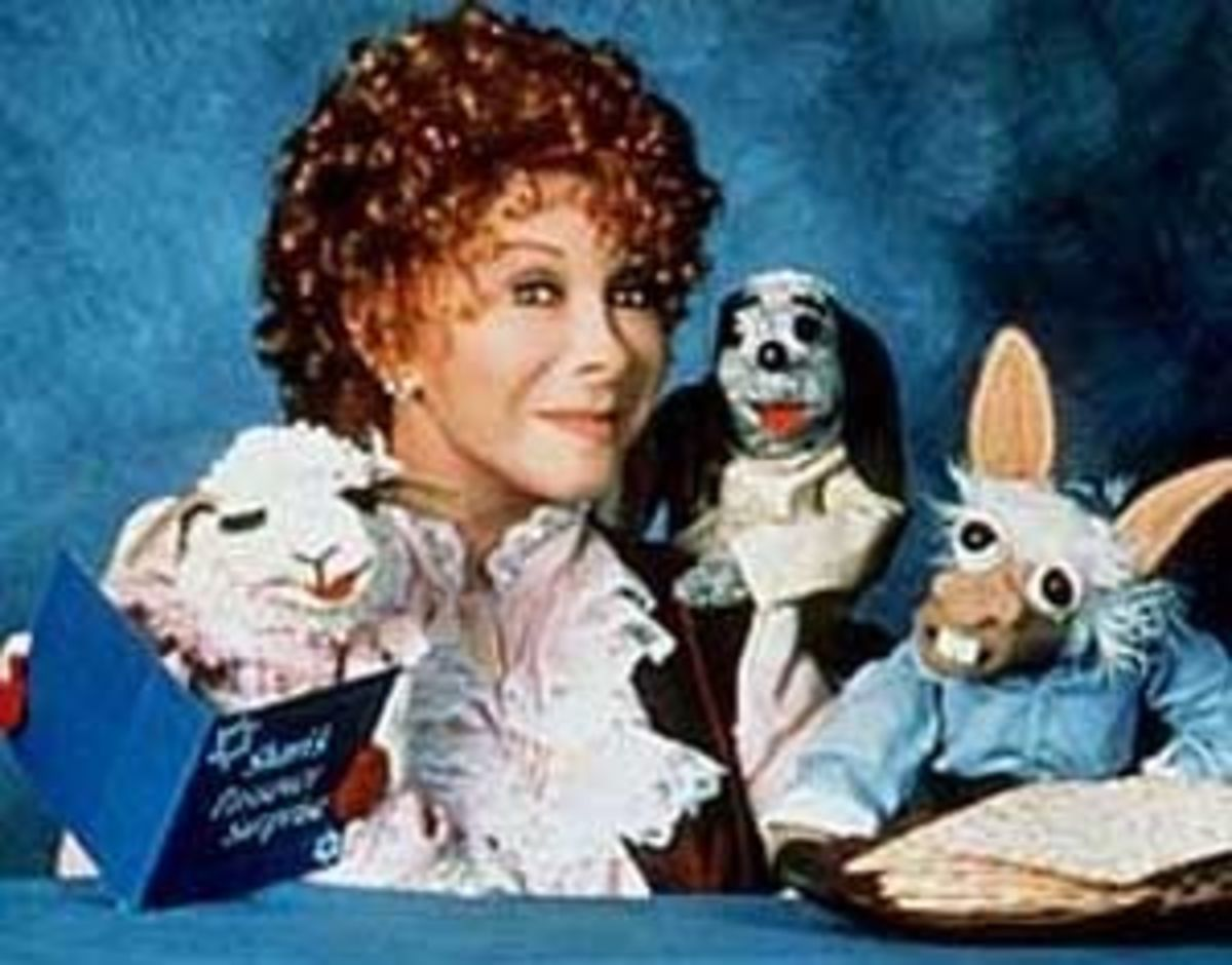 """""""I try to turn TV into an activity."""" --Shari Lewis"""