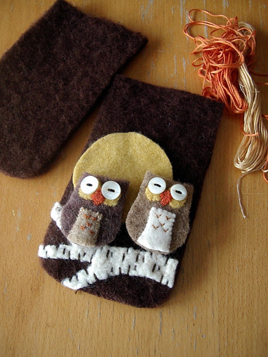 This cute eyeglasses case front is made from a felted wool sweater.