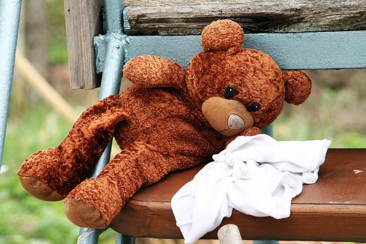 A sleepy moment for Teddy Bear.