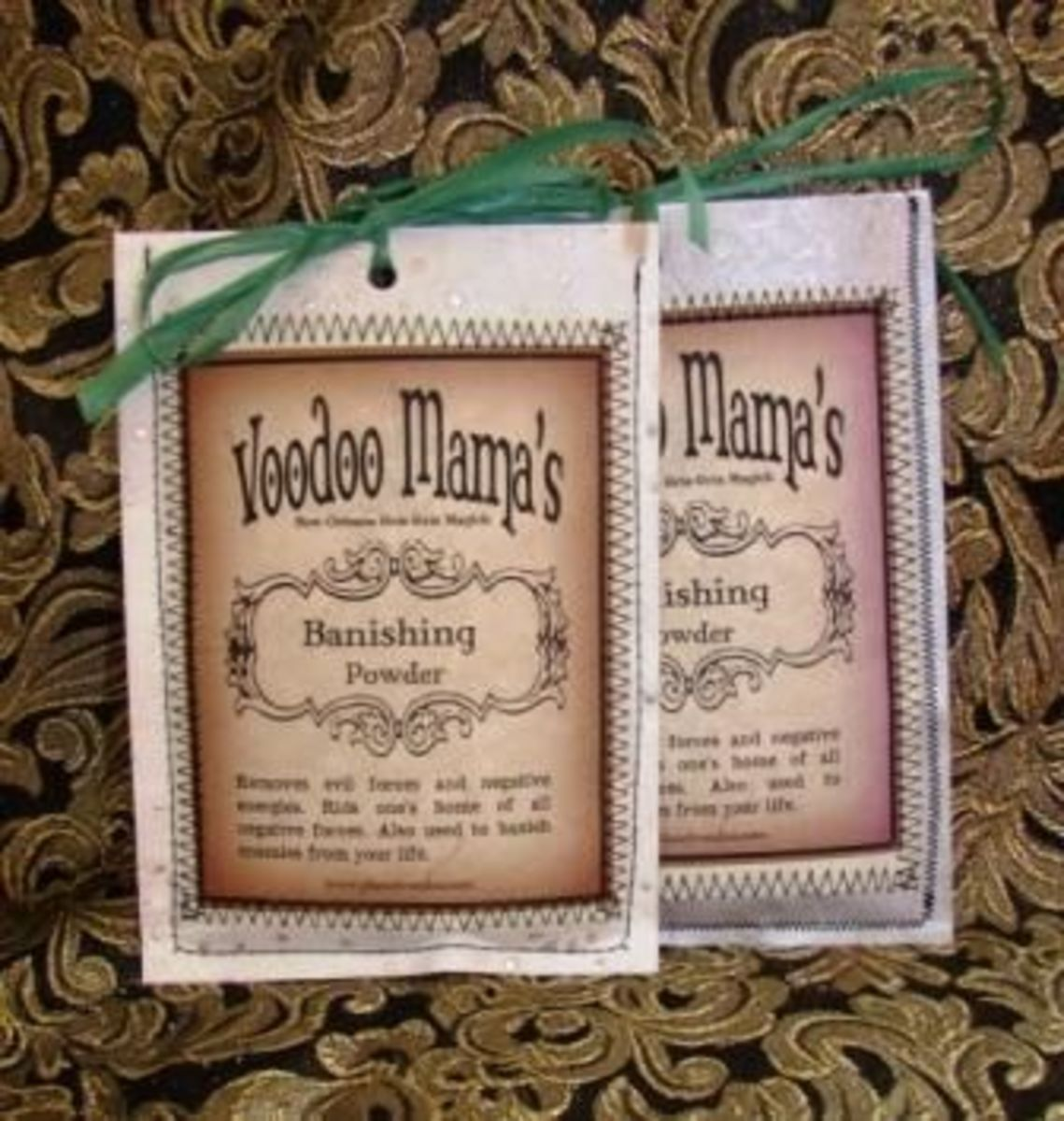 Voodoo Mama's Banishing Powder
