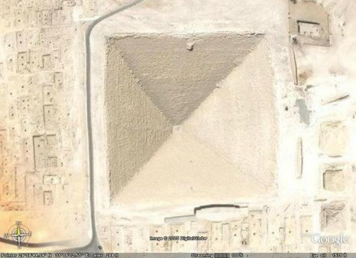 This is an areal view of the great pyramid.