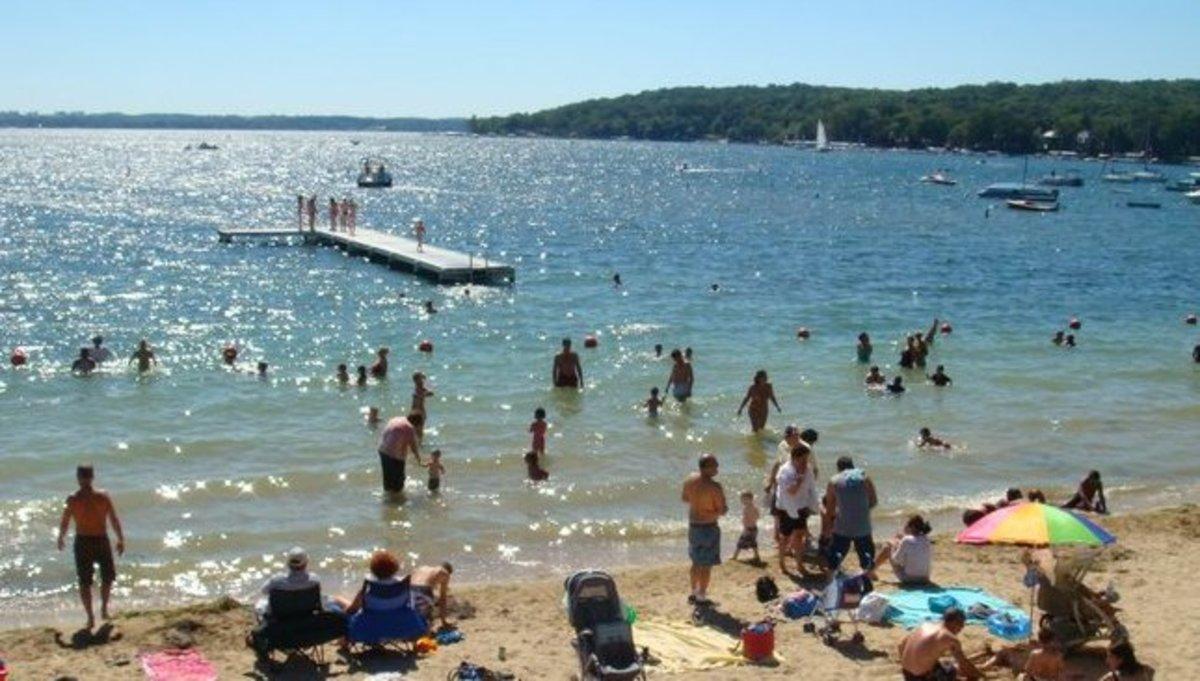 A nice August Saturday on Geneva  Lake shore.