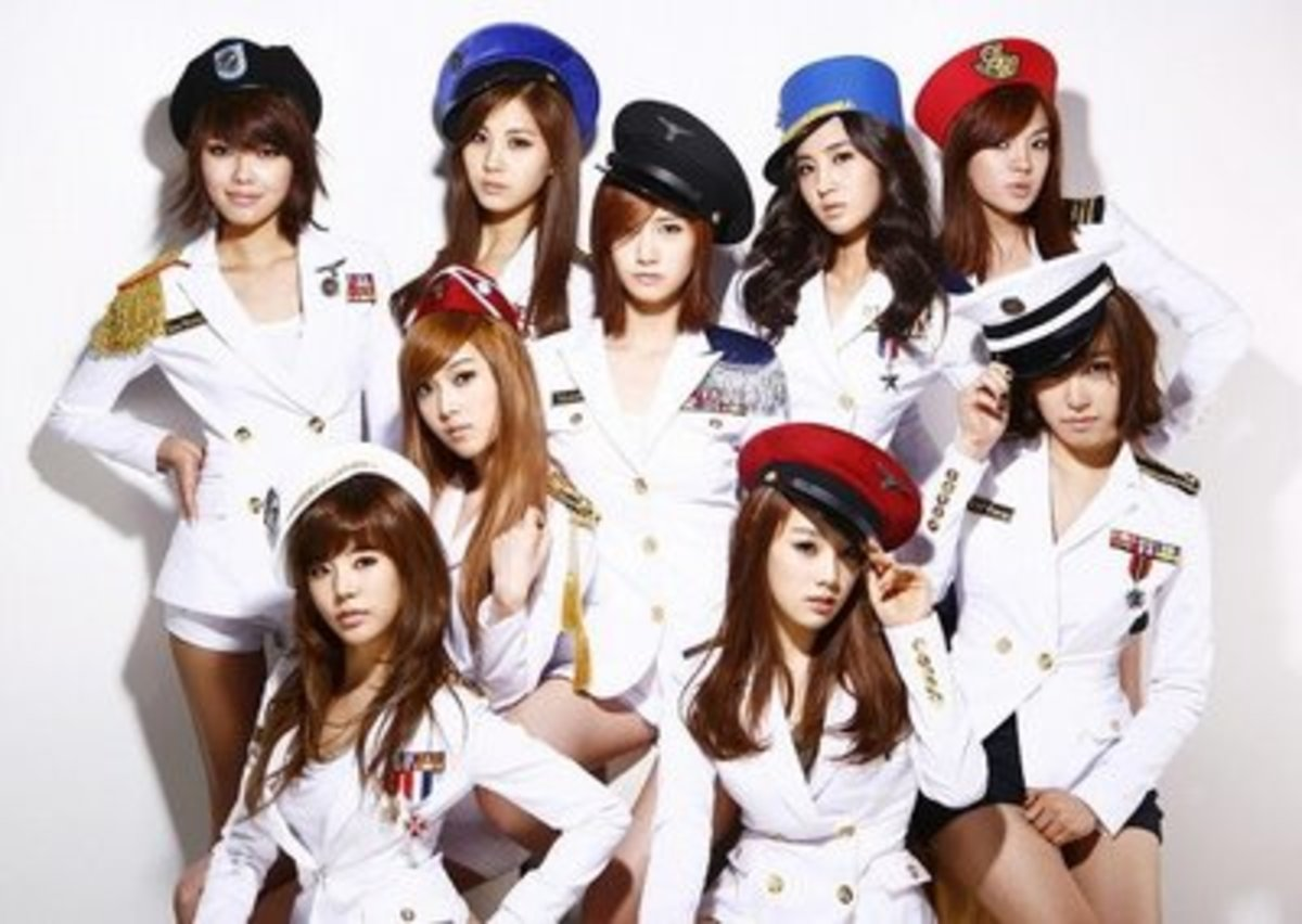 The 9 girl k-pop group known as Girls Generation.