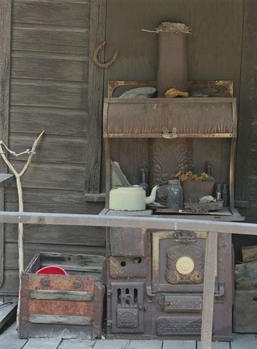 Old Vintage Wood cook stove Silver City, Idaho