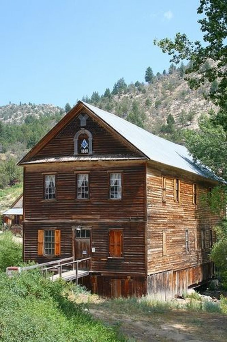 Front view of The Masonic Hall in Silver City