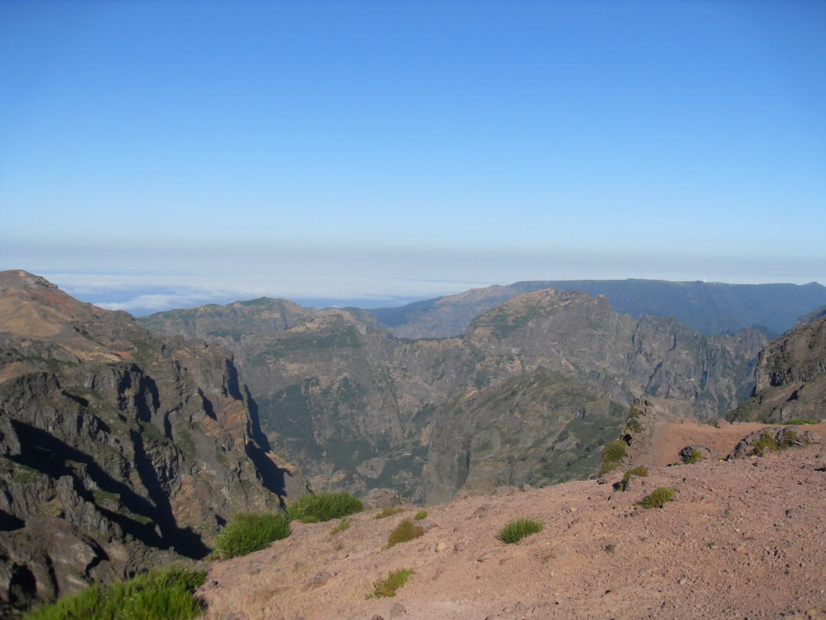 Walking on the Isle of Madeira, Portugal: The Famous Three Peak Mountain Walk From Pico Do Arieiro to Pico Ruivo...