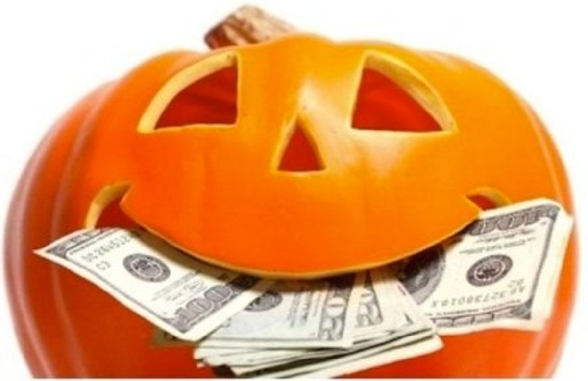 2013 - Halloween spending expected to reach $6.9 billion
