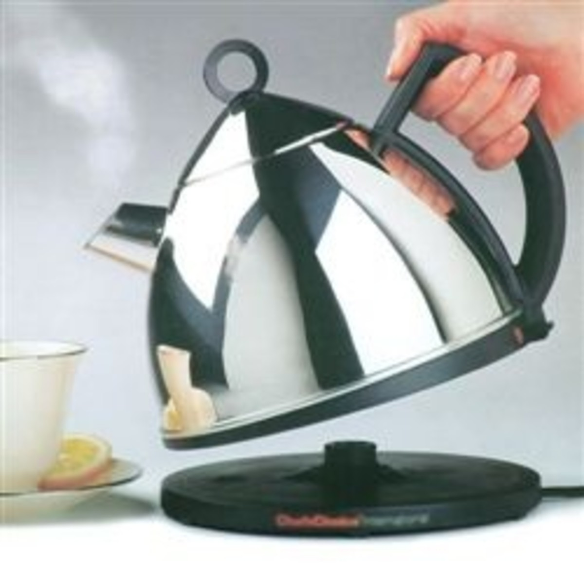 Would You Prefer an Electric Tea Kettle with Cord or Without Cord?