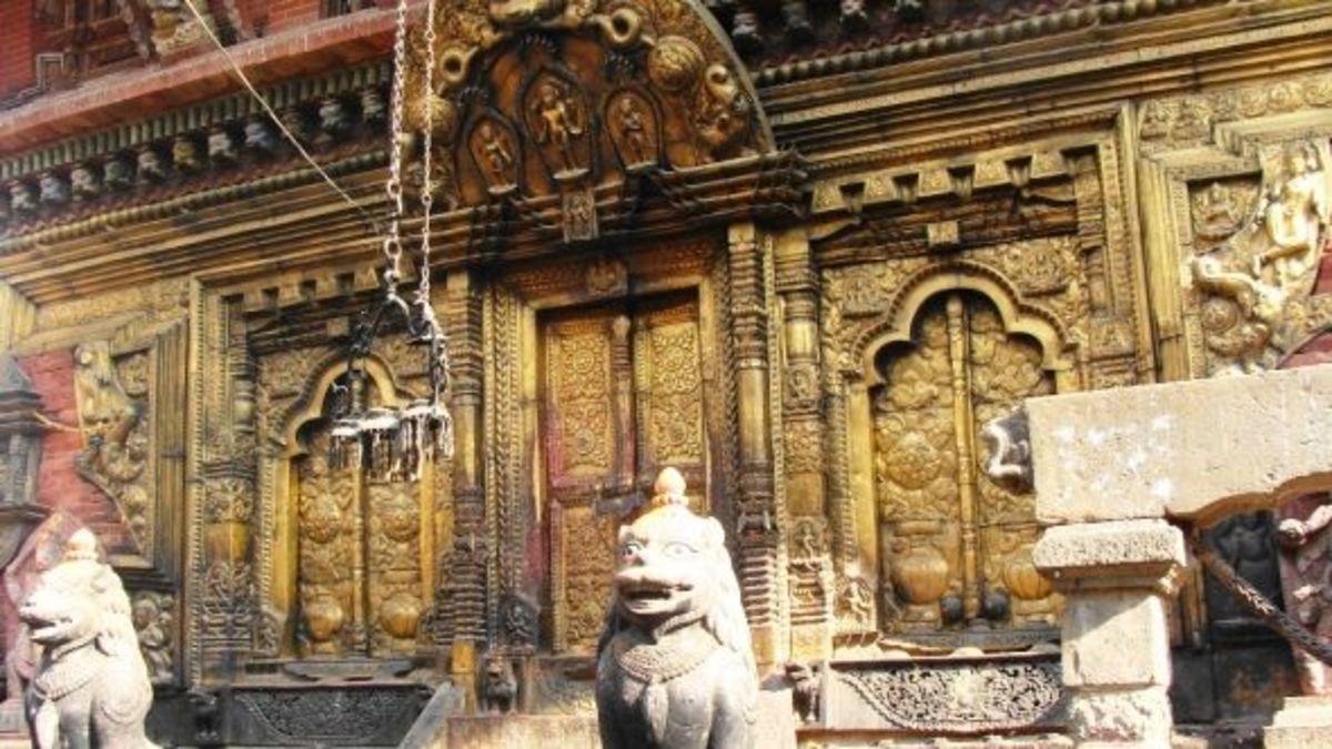 Entrance to Changu Narayan
