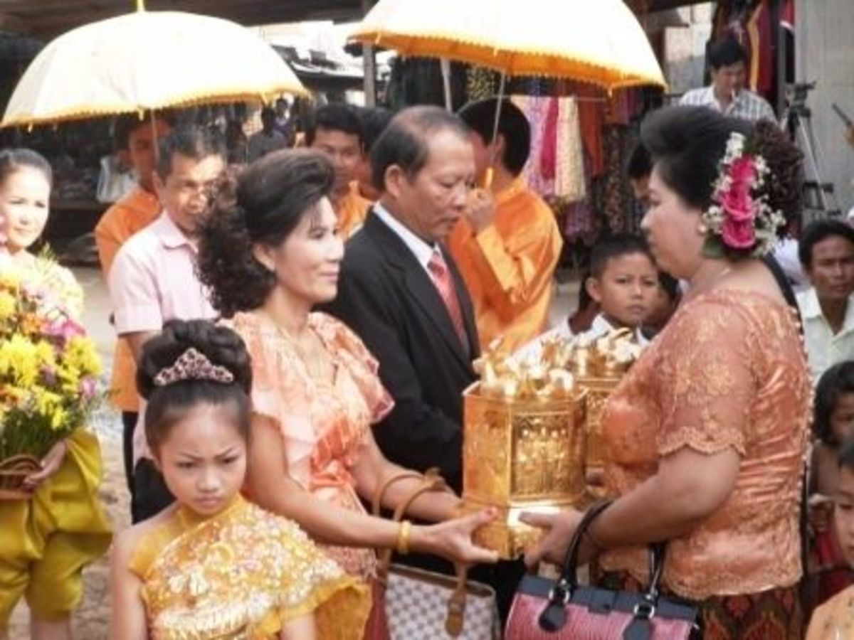 Bringing of Gifts in Cambodian Wedding