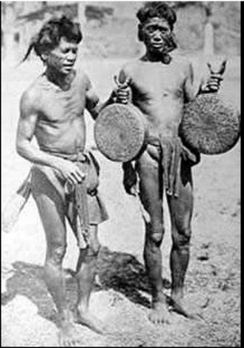 Gansa gongs with human  jawbone handle