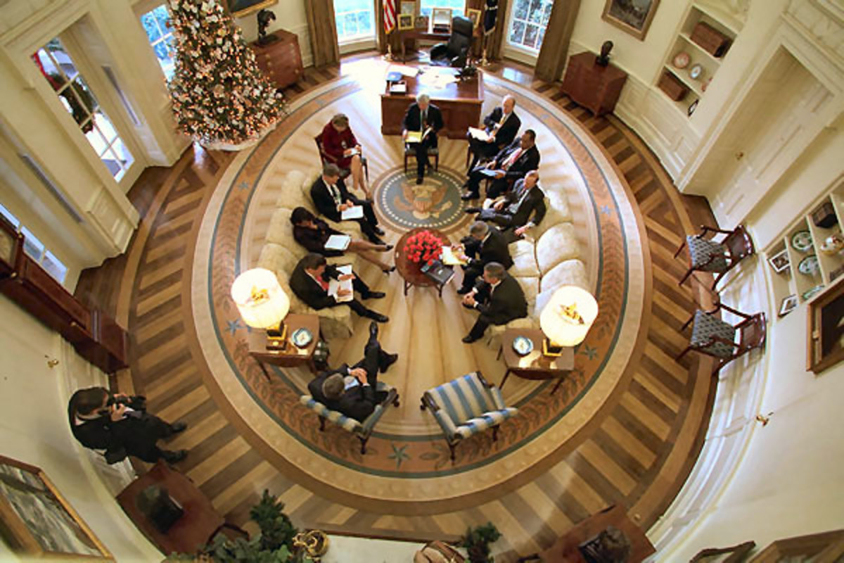 A bird's eye view of the Oval Office of George W. Bush.