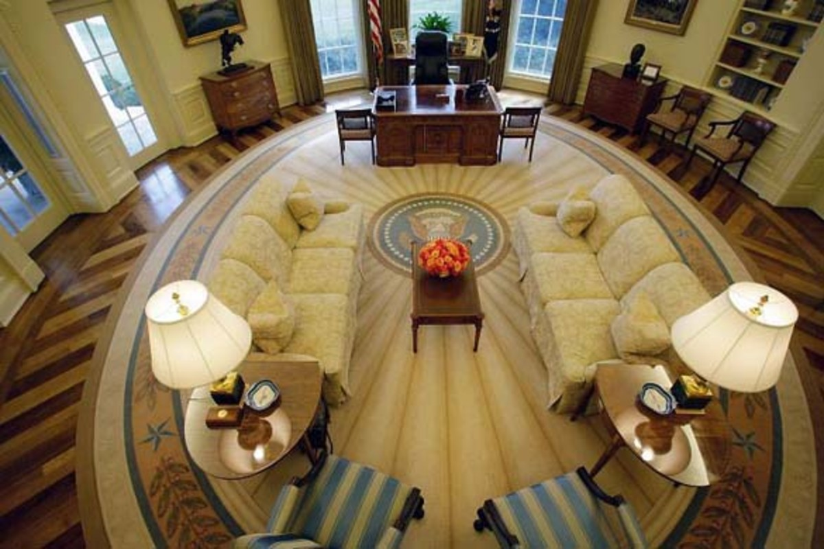 In the George W. Bush Oval Office: Makeover and Decor