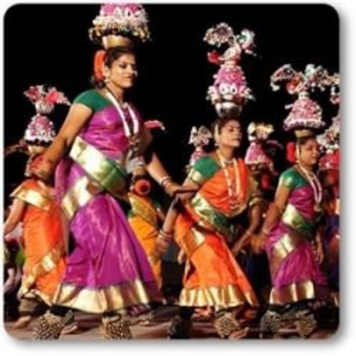 Karagattam Dance With Folk Music