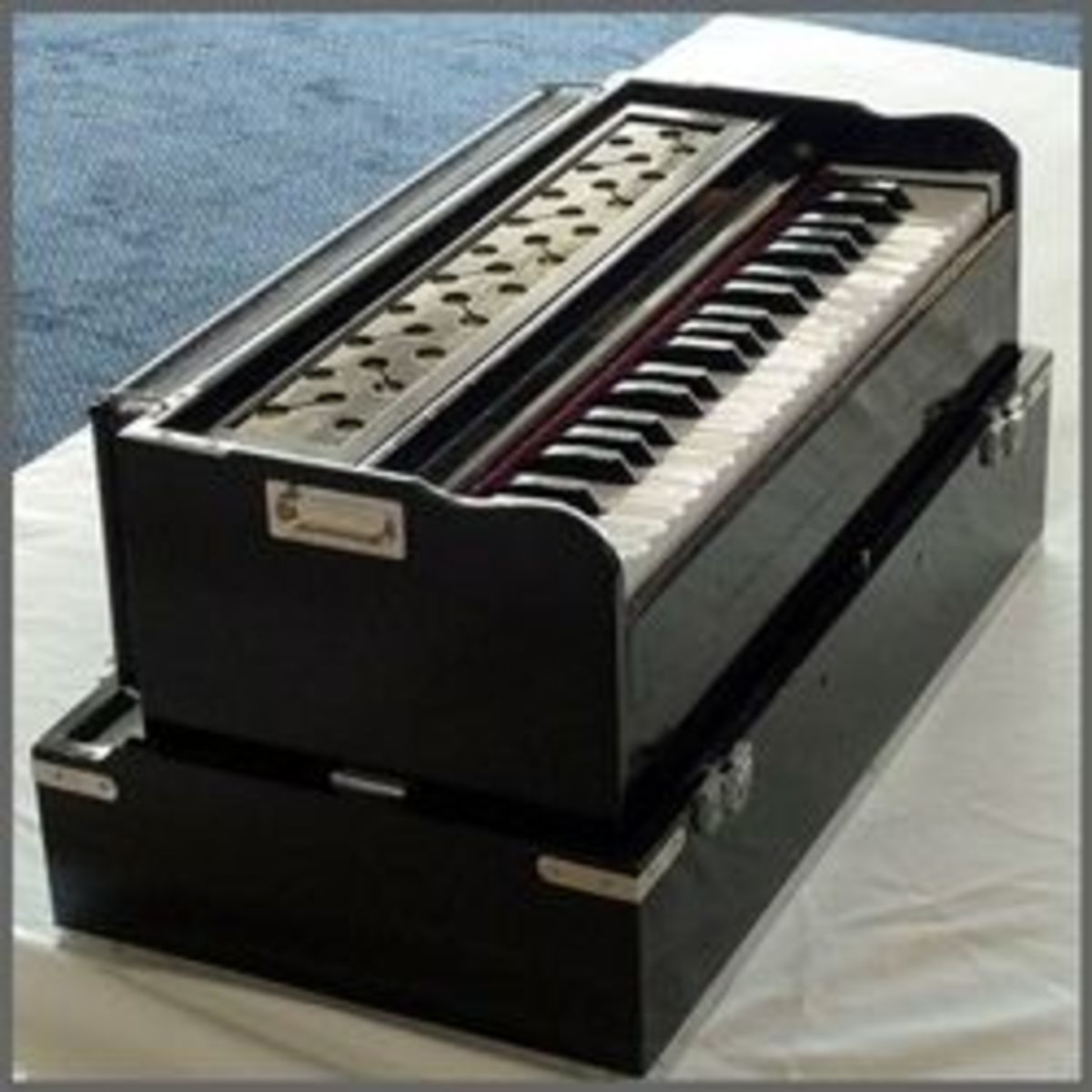 Folk Musical Instrument
