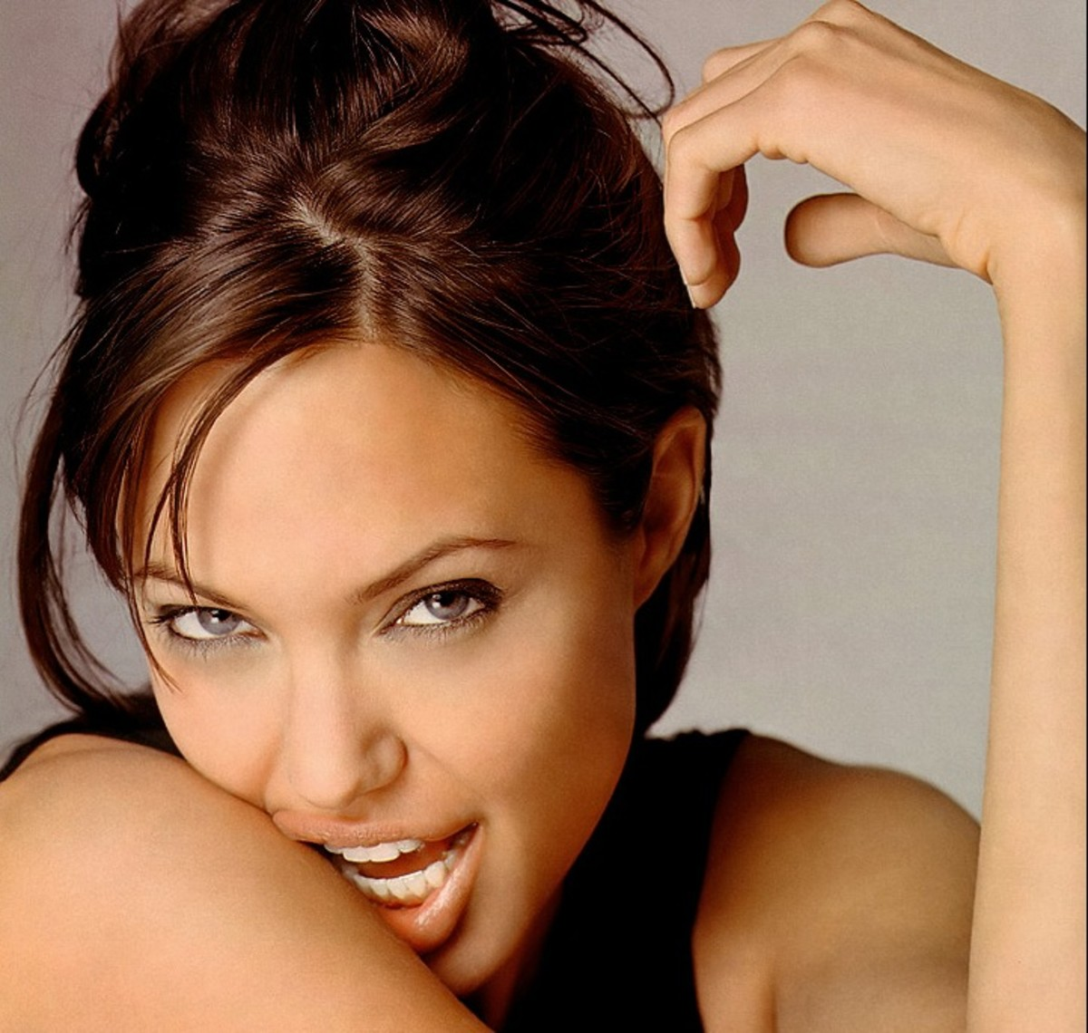 How Hot is Angelina Jolie?