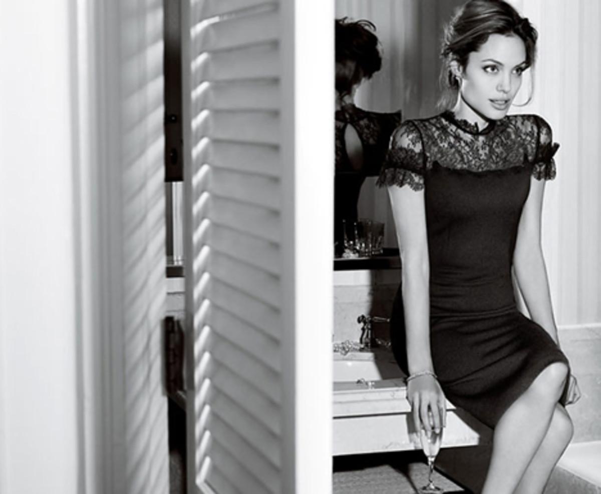 Stylish Angelina Jolie Pictures