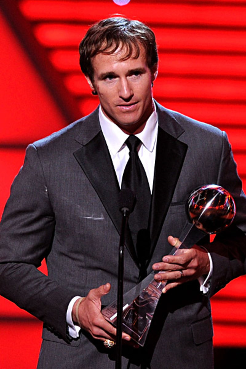 Drew accepts the ESPY Best Male Athlete award