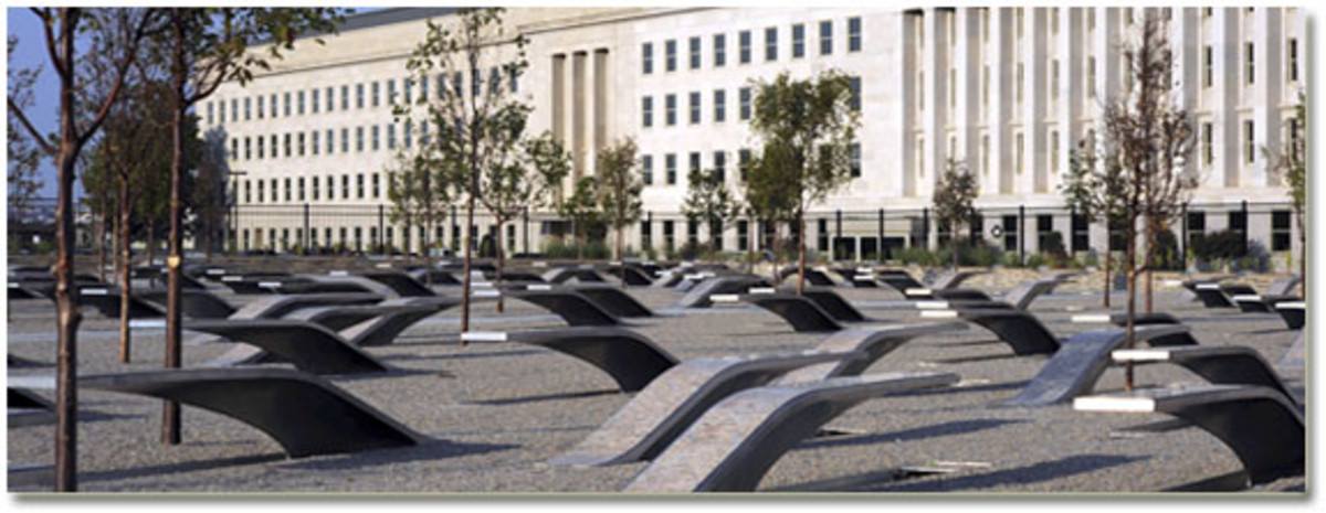 MEMORIAL TO THOSE KILLED IN THE PENTAGON AND ON FLIGHT 77