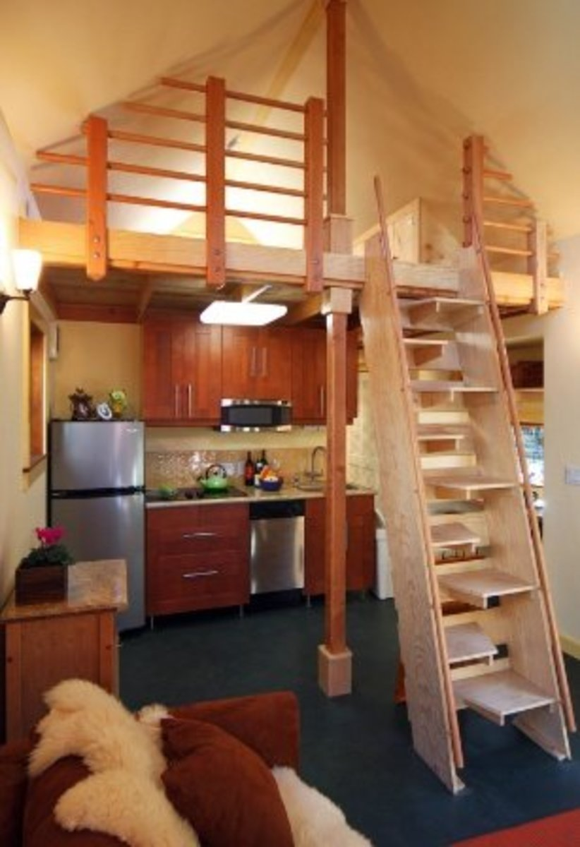 Tiny house loft with space saving stairs small space Small homes with lofts