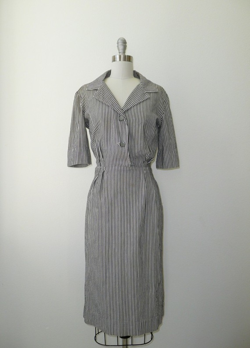 Vintage '50s shirt dress for sale by Deseo Vintage on etsy.com
