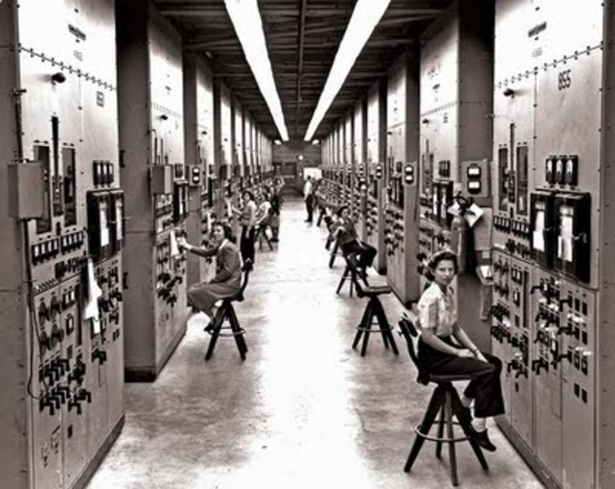 Women operators monitoring the calutrons