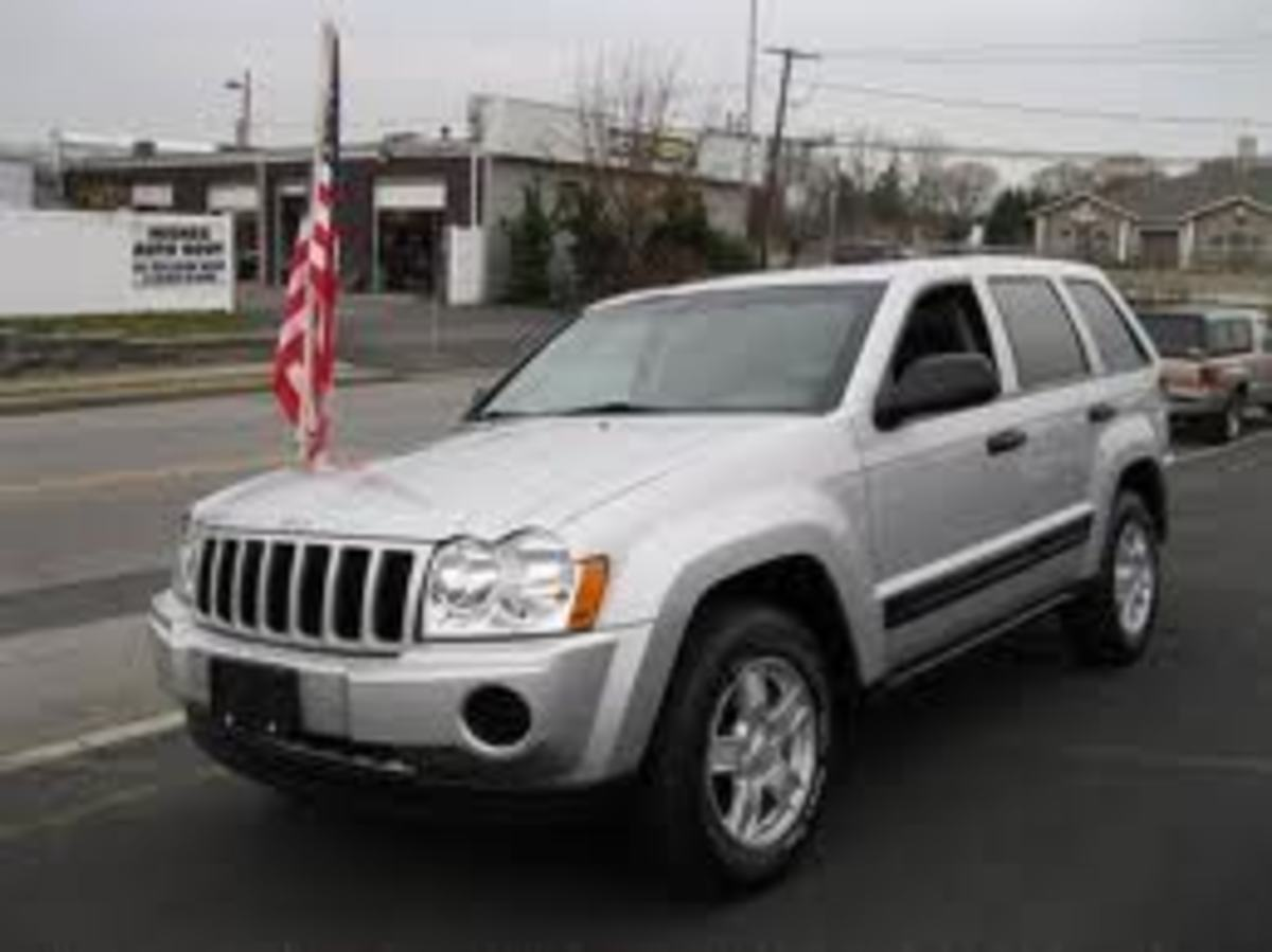 One of the two favorites: Jeep Grand Cherokee Laredo