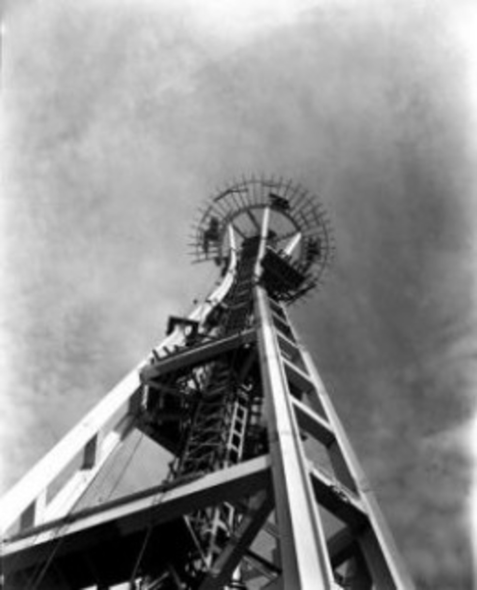Seattle Space Needle Construction Photo