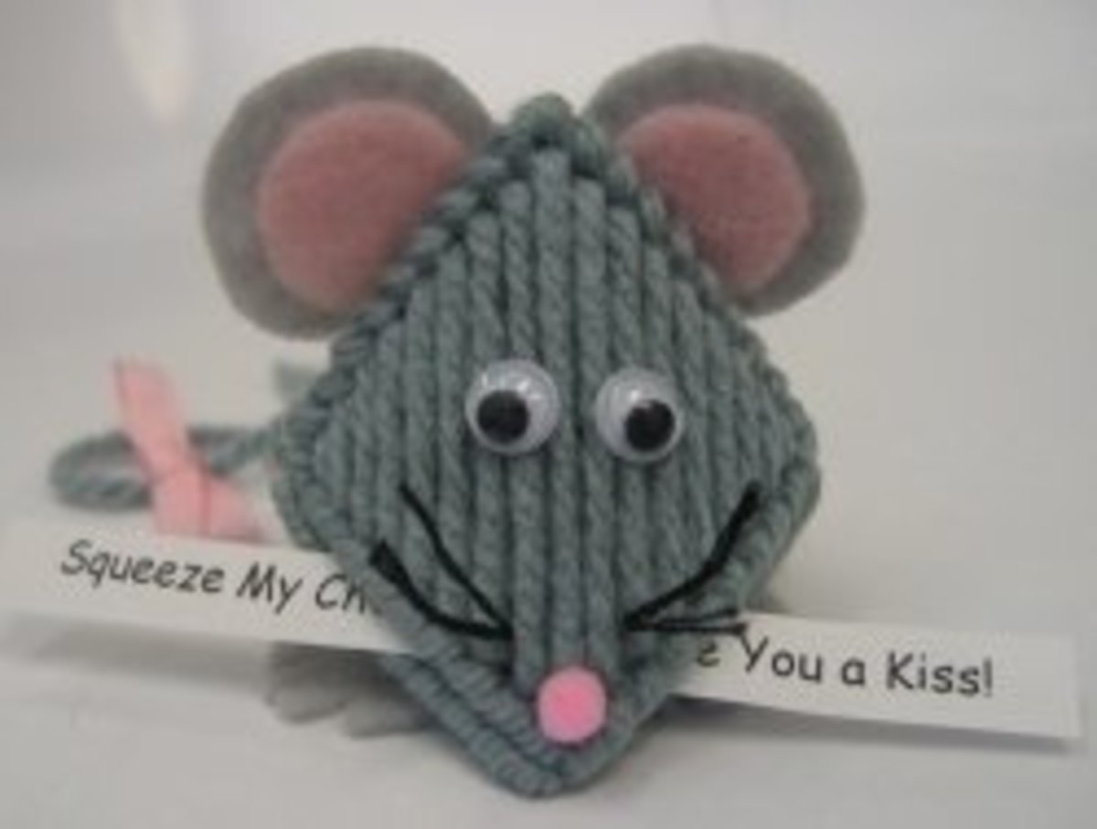 Kissin' Mouse by Brenda Redman
