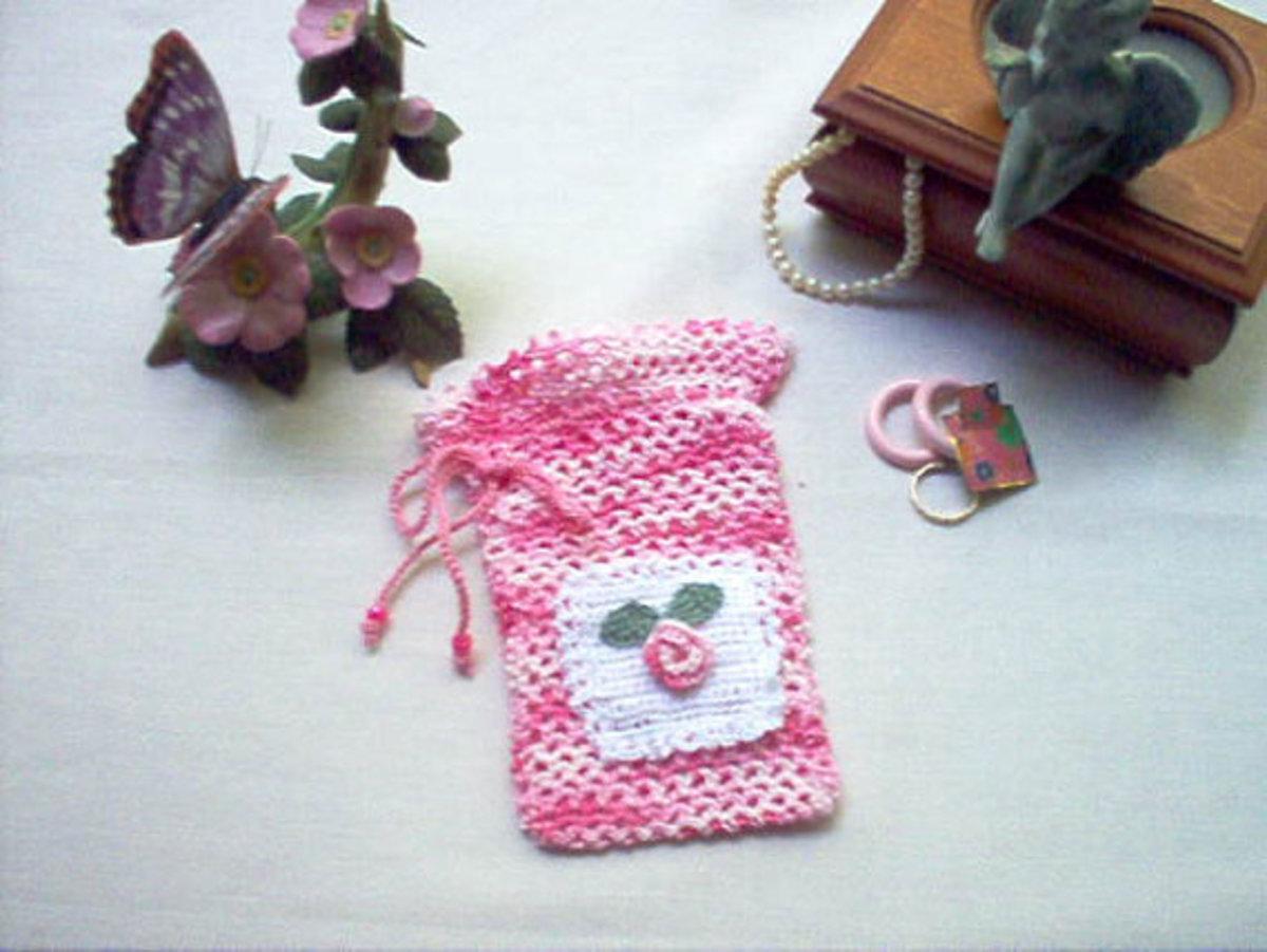 Victorian Rosebud Gift Bag