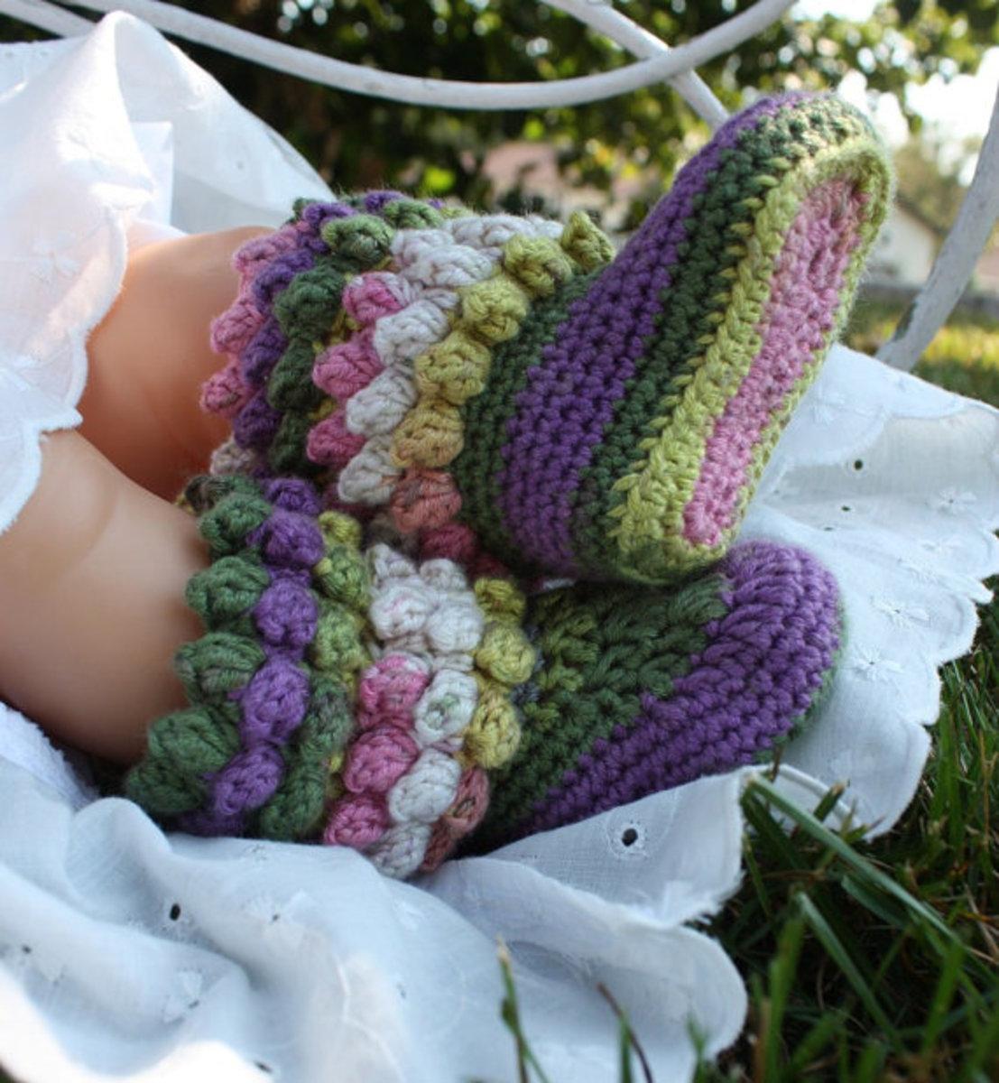 Popcorn Stitch baby booties