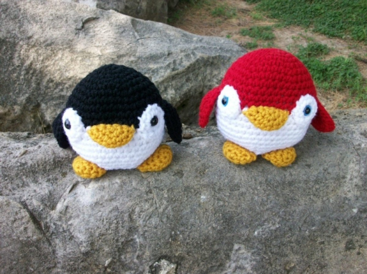 Roly Poly Amigurumi Penguin in Red