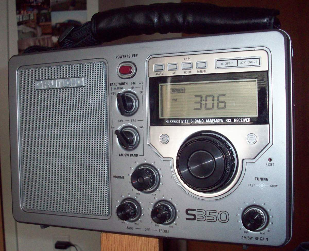 Prototype to the Grundig S350DL, the S350