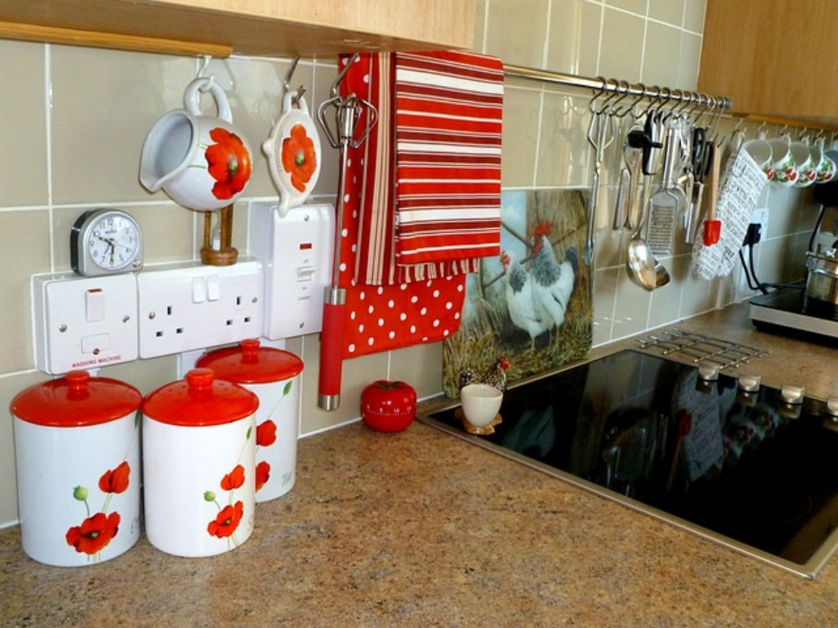 Decorating Your Kitchen in Retro '50s Rockabilly Style Décor