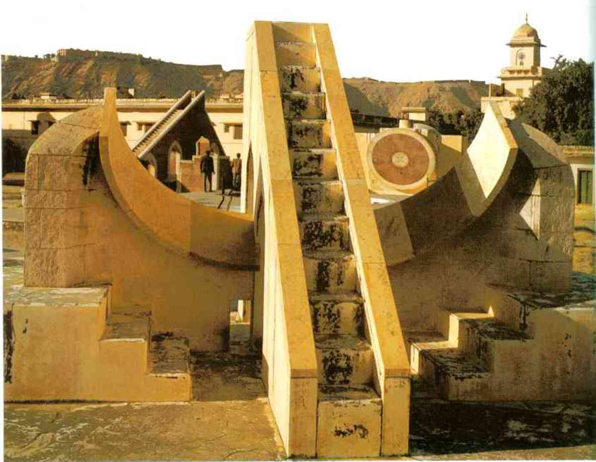 Located at Jaipur India, this sighting angle allows for exact plotting of the sun for a specific time of day or year.